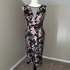 En Focus Studio Bodycon Floral Dress